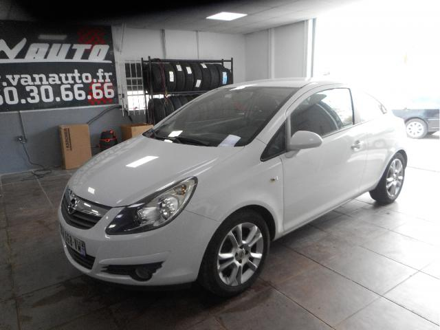 OPEL CORSA 1.4 pack clim, voiture occasion